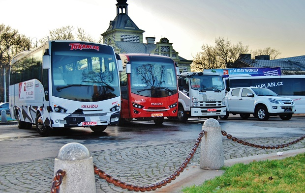 ISUZU - TRUCK, BUS. PICKUP na veletrhu CZECHBUS v Praze (foto: Zdeněk Nesveda - BusPress)