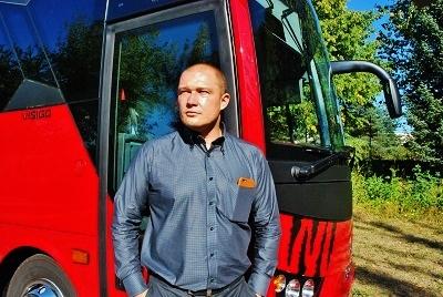 Viktor Wiesner, prodej autobusů ISUZU