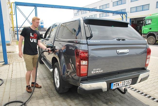 Nový D - MAX vykazuje i nízkou spotřebuje, výrobce deklaruje do 8l na 100 km. Foto: Zdeněk Nesveda)