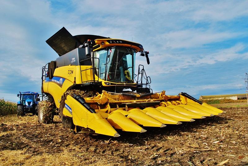 D – MAX jsme mohli vidět a obdivovat ve farmářském prostředí při akci Veřejná sklizeň  kukuřice, která se konala na poli u obce Bříství (foto: Zdeněk Nesveda)