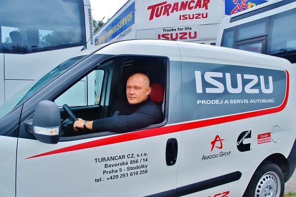 Viktor Wiesner, jednatel společnosti TURANCAR CZ, výhradní zastoupení ISUZU BUS v ČR (foto: Zdeněk Nesveda)